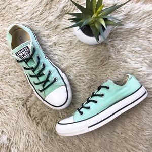 •CONVERSE• Mint Lace-up Low Top Canvas Sneakers